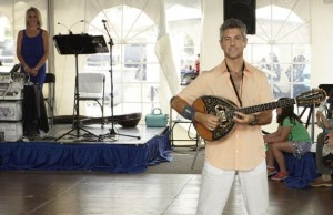 columbia-greek-festival-musician